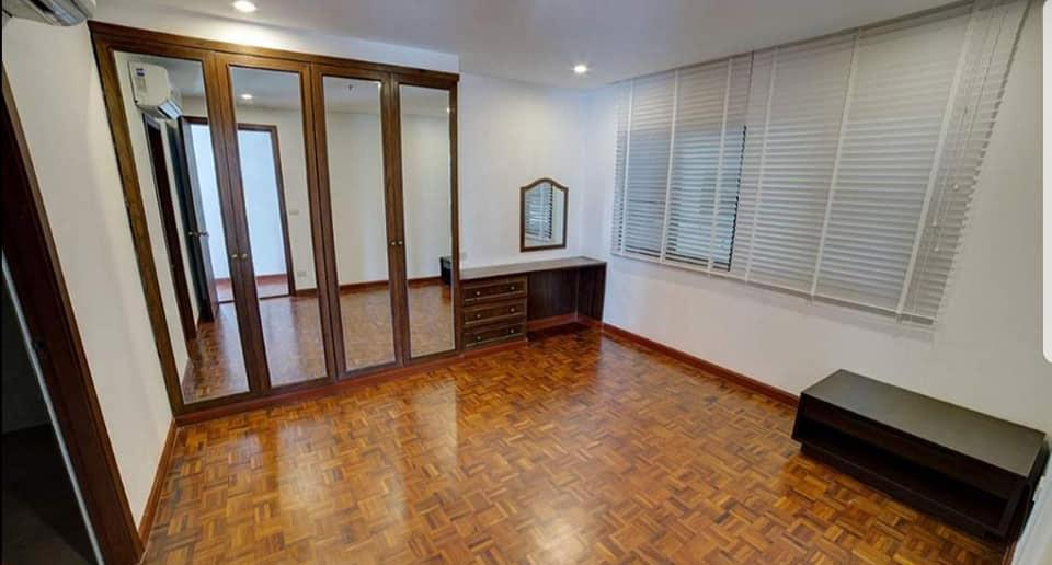 Baan Prompong - 2 bed 3 bath - floor 9