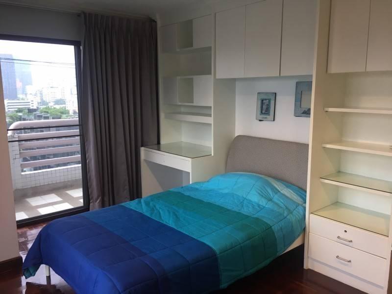 Richmond Place - 3 bed 3 bath - floor 11