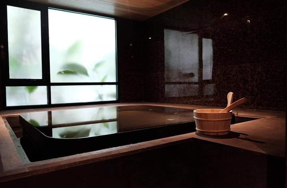 Vtara 36 - 2 bed 2 bath - floor 7