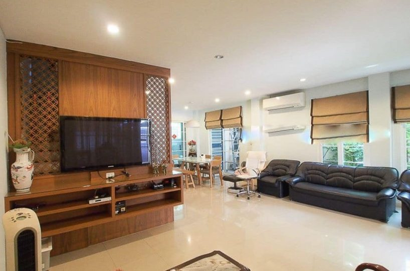 H23 Townhouse Urban Sathorn - 5 beds 5 baths - Bang Wa