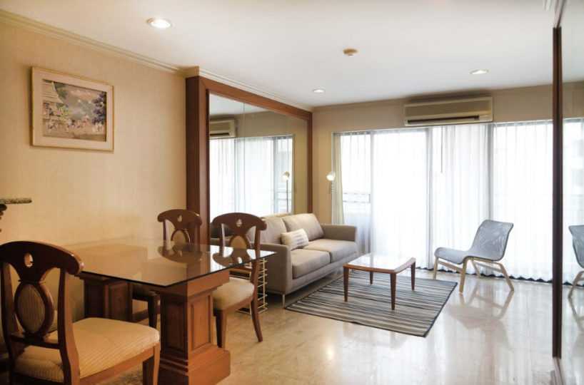 R1428 Green Point Silom - 2 bed 2 bath - floor 4