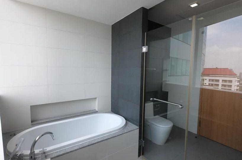 R1438 Millenium Residence Bangkok - 2 bed 2 bath - Floor 30