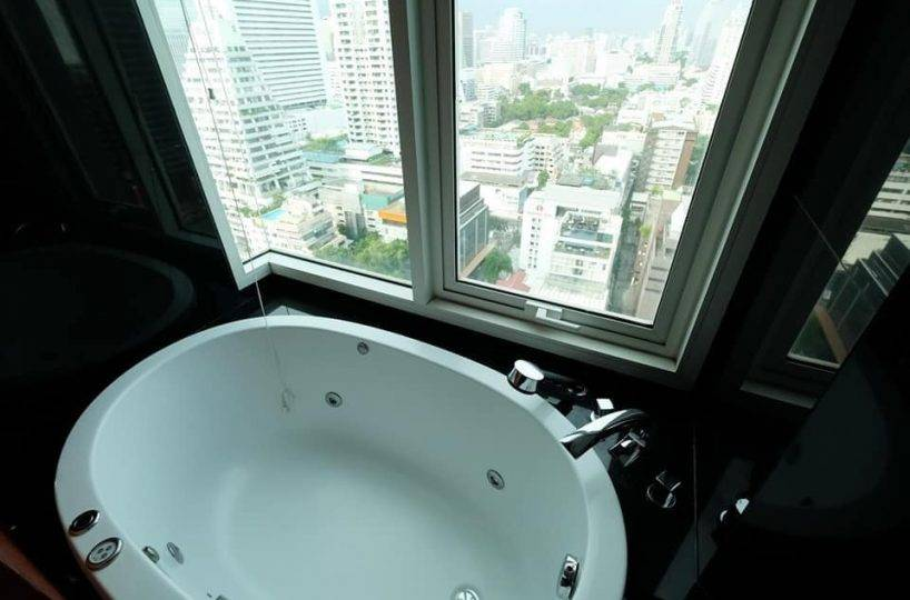R1440 The Infinity Sathorn - 2 bed 2 bath - floor 18