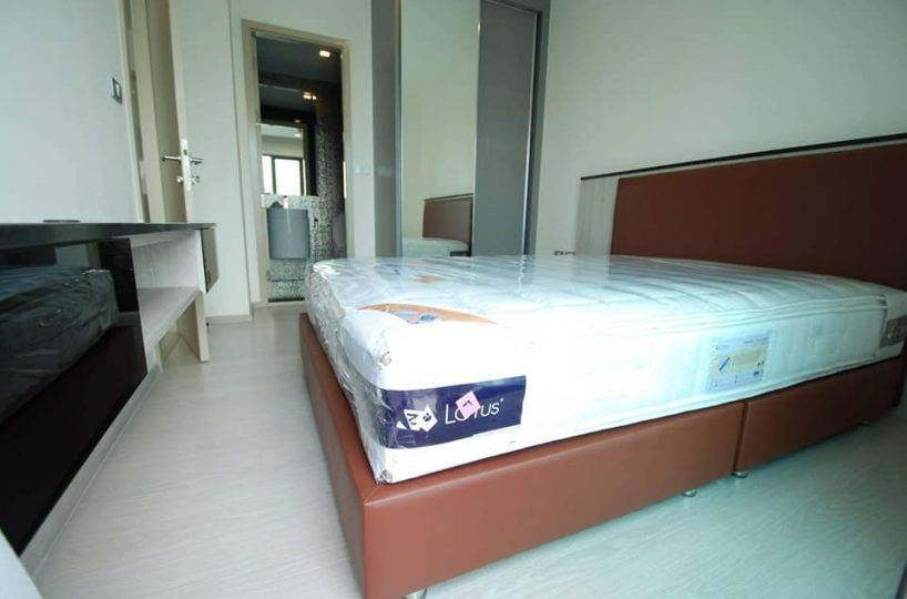 R1452 Rhythm Sukhumvit 36-38 - 1 bed - floor 18