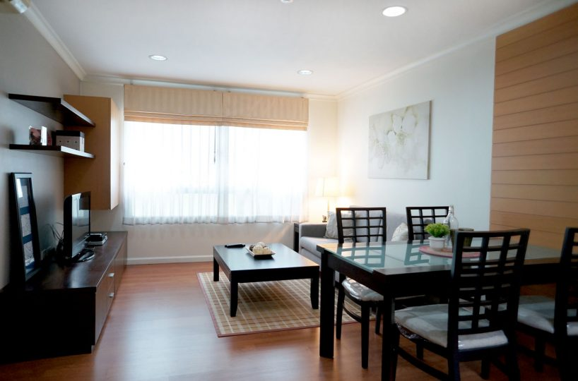 R1427 Lumpini Suite Sukh. 41 - 2 bed 1 bath - floor 8