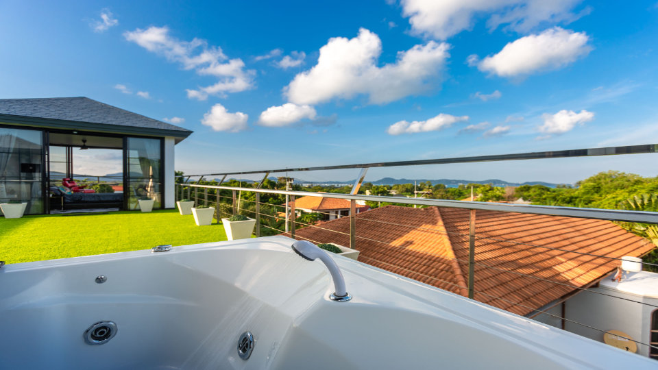 Rooftop Jacuzzi - Villa Hotel Rawai Phuket - 7 beds 7.5 baths