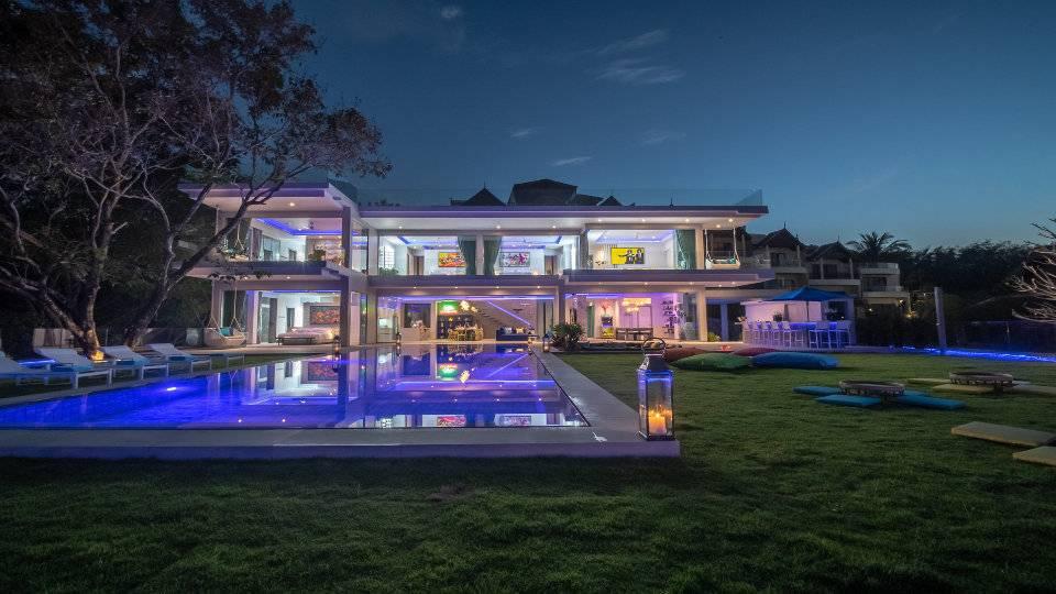 Pool View Night - Villa Enjoy Patong Beach Phuket