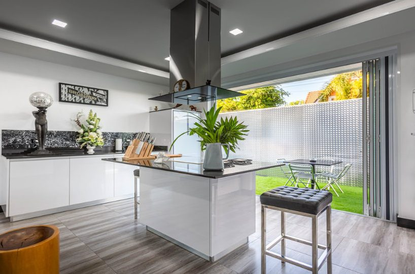 Kitchen Cooking Island - One-Story Pool Villa Rawai 4 beds 4 baths