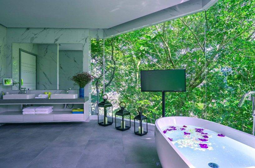 Bathroom Yellow - Villa Enjoy Patong Beach Phuket