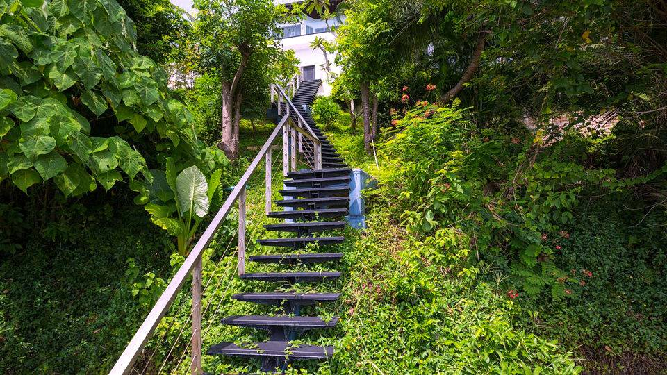 Staircase to the Ocean
