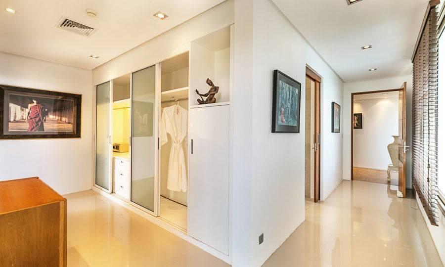 Wardrobe Bedroom - Villa Dao Tiem