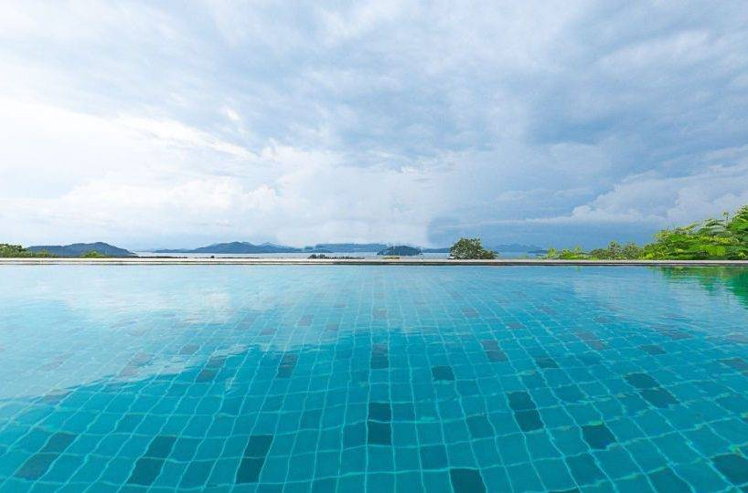 Infinity Pool with Views - Villa Dao Tiem